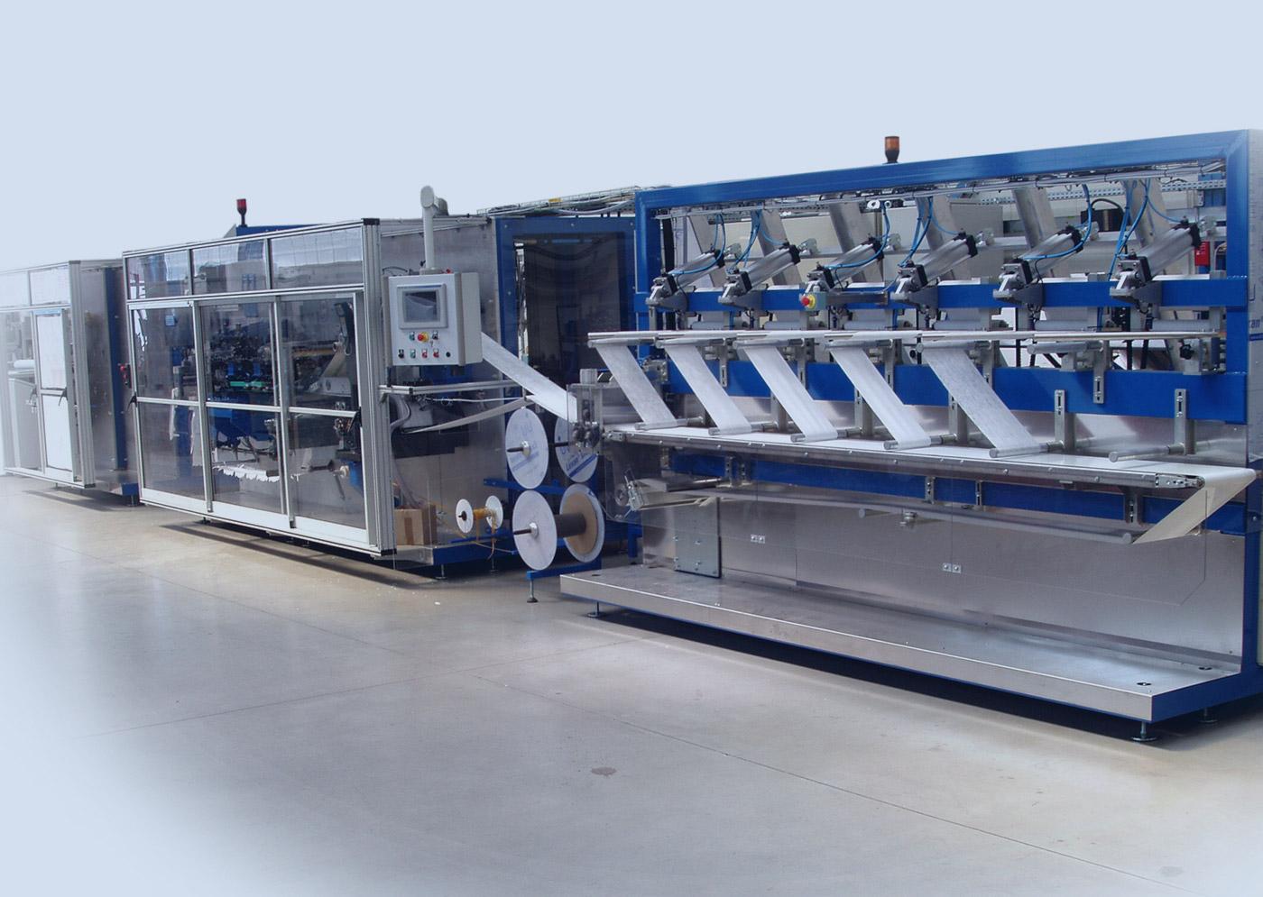 Machine à fabriquer les masques FFP2